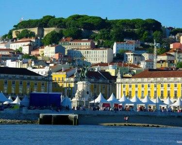 Apaixonante Lisboa! Passeio de Iate Privado no Tejo para Dois | Soltejo