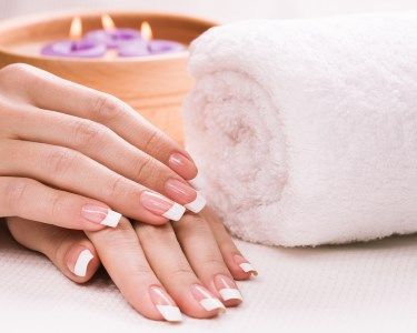 Manicure + Hidratação + Massagem + Verniz Gel | Beautiful & Happy Day Spa - Boavista