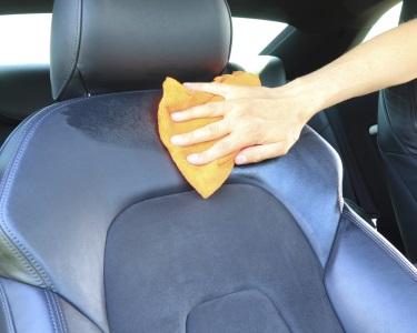 Lavagem Total de Estofos | O Automóvel Ficará a Cheirar a Novo!
