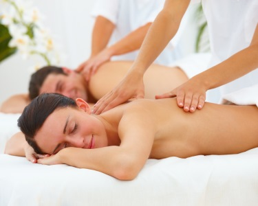 Últimos Dias! Massagem de Canela & Ylang Ylang a Dois | Aromas da Polinésia