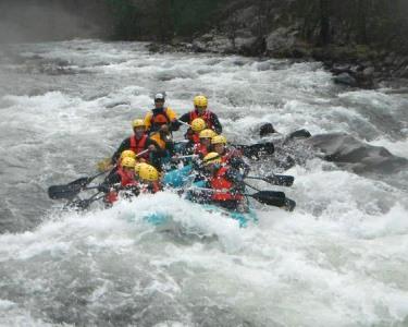Rafting - Descida Radical no Rio Paiva! 3 Horas - 1 ou 2 Pessoas | Morwise®