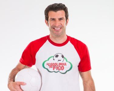 Escolinha do Figo | Aprenda a Jogar Futebol! 1 ou 3 Meses | 5 Locais