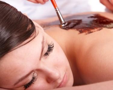 Massagem de Chocolate e Pimenta ou Óleos de Rosa e Jasmim | 50 Minutos | Campo Pequeno