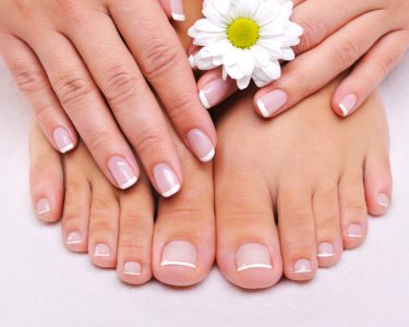 Manicure ou Pedicure Premium + Hidratação + Massagem | Gaia