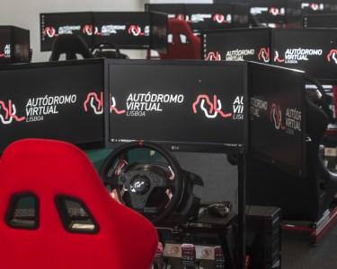 Desafie os Seus Amigos no Autódromo Virtual de Lisboa | Até 8 Pessoas