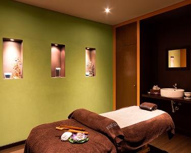 Massagem de Aromaterapia, Pedras Quentes e Toalhas Aquecidas | 50 Minutos | Bairro Azul