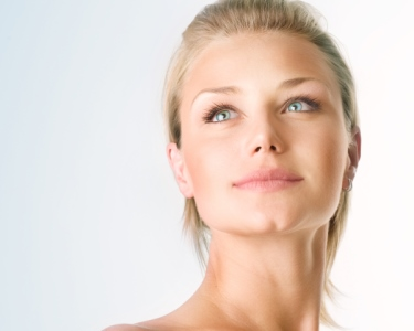 Peeling Ultra-sónico de Rosto ou Microdermoabrasão | 6 Clínicas Dubody®