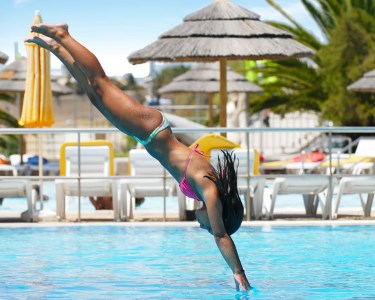 Piscina Oceânica de Oeiras - Bilhete de Dia Completo | Escolha o Seu!