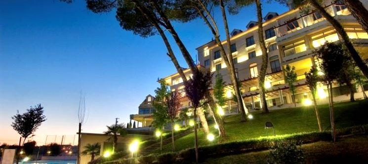 Tulip Inn Estarreja | Noite c/ Spa e City Tour no Centro de Aveiro