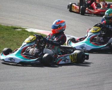Diversão a Dois! Corrida em Karts de Competição - 10 Min. | Kartódromo de Braga