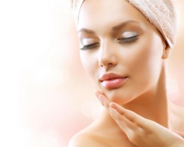 Spa Facial à Escolha | Peeling, Microdermoabrasão ou Radiofrequência