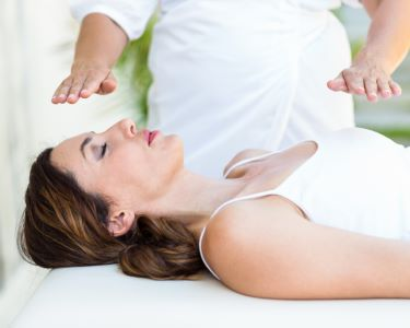 Reequilibre as suas Energias c/ 2 Sessões de Reiki | Lotus