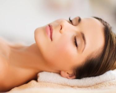 Spa Facial com Radiofrequência ou Peeling, Massagem & Hidratação | 45 Minutos | Rato