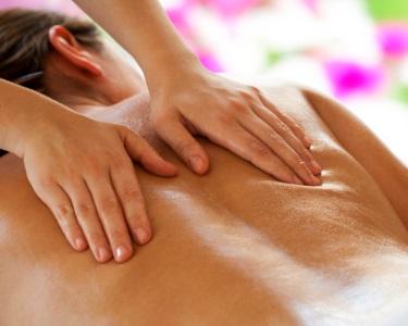 Relaxe na Lotus Day Spa: Massagem às Costas + Spa de Rosto