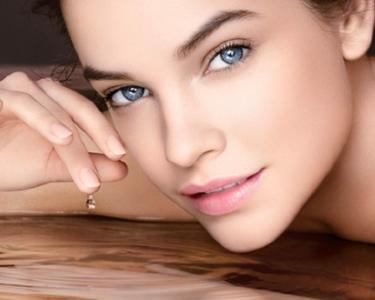 1, 3 ou 5 Tratamentos p/ Acne, Rugas ou Manchas | PharmaEstetic