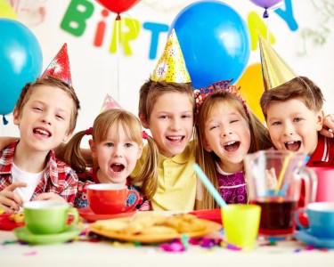 Mega Festão de Aniversário! Até 15 Crianças | Happy Party