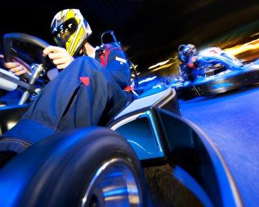 Diversão a Dois! Indoor Kart + 2 Partidas de Bowling | Bowlikart Ovar