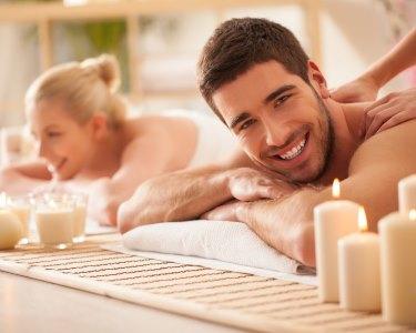Love Moment: Massagem de Relaxamento para Dois | 1h | Belas