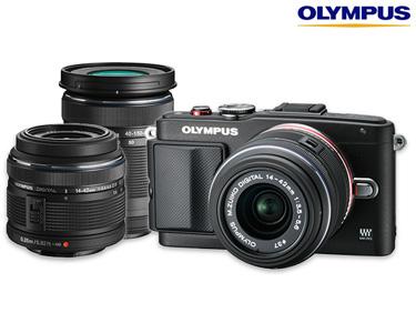 Câmara Fotográfica Olympus® + 2 Lentes