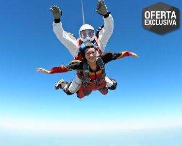 A Aventura de uma Vida! Salto Tandem a 3000m - Aeródromo de Évora