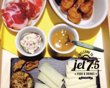 Experiência Deliciosa a Dois no Jet 7.5 - Junto ao Mar | Figueira da Foz
