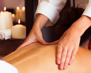 3 Massagens Relax c/ Aromaterapia | Maria Bonita - Estética Médica & Spa
