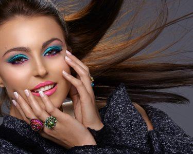 Brilhe em Qualquer Ocasião! Sessão de Make-Up Profissional | Porto