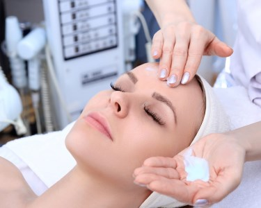 Perfeição Facial! Limpeza c/ Microdermoabrasão & Massagem