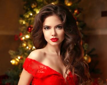 Glamour Look: Cabelos + Maquilhagem + Manicure | Matosinhos