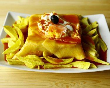Francesinha da Taparia c/ Batatas Fritas para Dois | Matosinhos