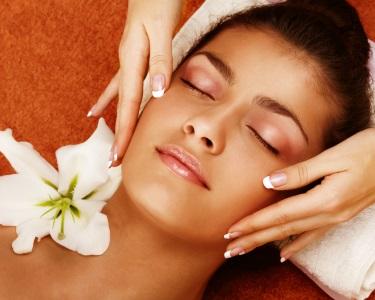 5 Sessões de Rejuvenescimento Facial c/ Máscara e Massagem