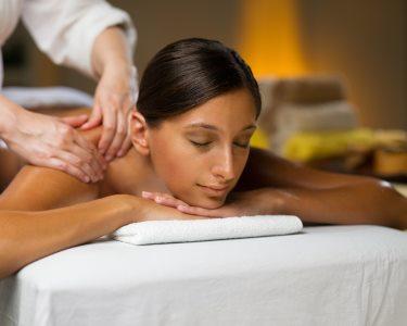 Relax Time | Massagem c/ Óleos Essenciais & Ritual de Chá | 50 Minutos | V. N. de Famalicão
