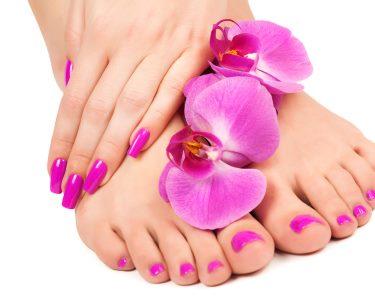 Beleza Feminina! Unhas Perfeitas c/ Manicure e Pedicure Completas
