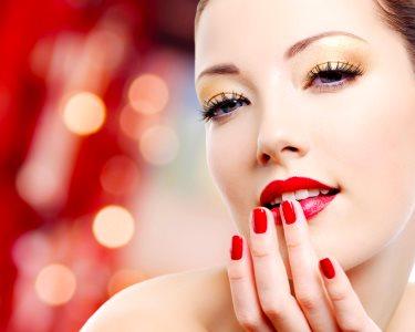 Perfect Nails: Manicure Completa c/ Opção de Pedicure | Oeiras