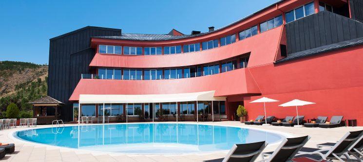 Hotel dos Carqueijais 4* | Serra da Estrela - Noite Romântica