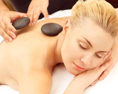 Momento Único! Massagem Pedras Quentes + Reiki | 2 Locais