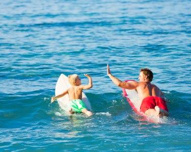 Aula de Surf para Pai e Filho | Matosinhos - 1 Hora Sobre as Ondas