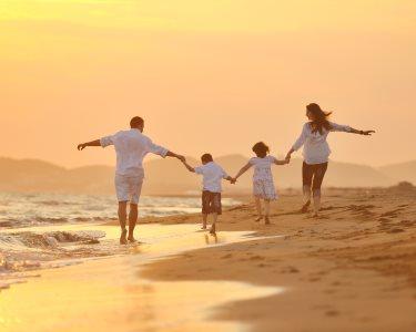 Maravilhoso! Passeio de Charrete à Beira-Mar até 5 Pessoas | Valadares