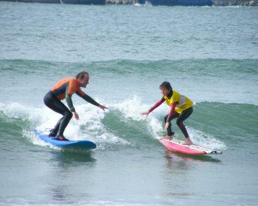 Radical! Aula de Surf para Família | 1 Hora - Espinho | Surf Atitude