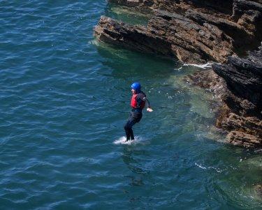 Descubra a Natureza da Arrábida! Coasteering p/ 1 ou 2 Pessoas