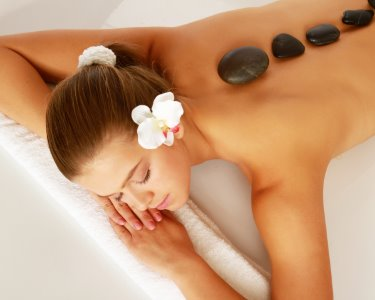 Beauty & Relax | Hot Stones Massage + Oxigenação Facial + Reflexologia
