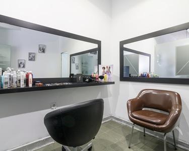 Premium Beauty Care | Cabelos, Spa Mãos & Massagem | Charms & Glamour