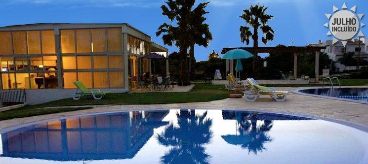Algarve | Apartamentos Sta. Teresinha | 2, 3, 5 ou 7 Noites em T1 em Alvor até 4 Pessoas