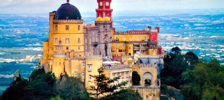 Romance em Sintra e Visita à Quinta da Regaleira | Sarrazola House