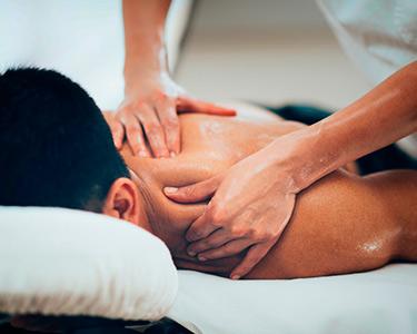 Massagem Relax, Desportiva ou Modeladora & Pressoterapia | 1h | Oeiras