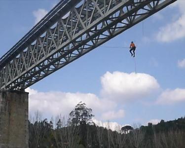 Salto Pendular em Coimbra | DNA Aventura | Adrenalina Máxima!