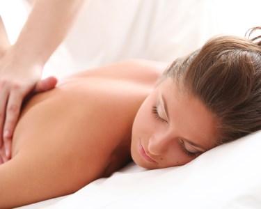 Massagem Relaxante ou Terapêutica | Le Corps Centro de Estética - Oeiras