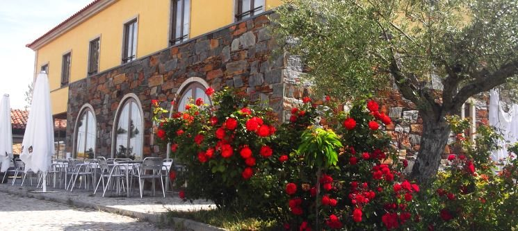 Relaxe na Natureza! 1 ou 2 Noites no Hotel Sra. das Pereiras | Vimioso