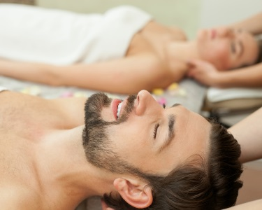 Love Moment: Reflexologia, Massagem Aromaterapia & Head Massage a Dois