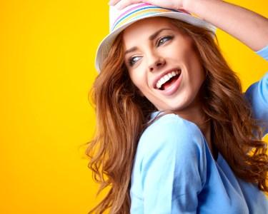 Beleza Total! Lavagem, Coloração, Sérum, Corte e Brushing | Algés